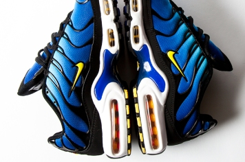 NIKE-AIR-MAX-PLUS-HYPER-BLUE-10