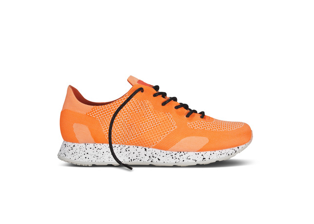 Converse_CONS_Auckland_Racer_Engineered_Fiery_Coral_32441