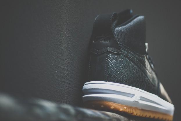 Nike_Lunar_Force_One_Sneaker_Boot_Sneaker_POlitics_5_a85d1870-952d-476a-888f-c22109ff066c_1024x1024
