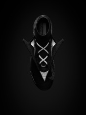 SU18_FB_VisionElite_DF_FG_Black_GhostLace_OpenLaces_V4_original